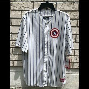Captain America jersey Large striped shirt